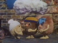The other Flumps examine the cloud